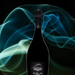 Bouteille avec fond créatif du champagne Minard et Filles